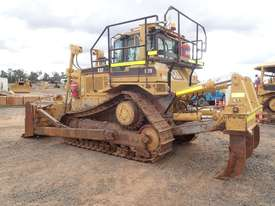 Caterpillar D7R Series 2 Dozer - picture1' - Click to enlarge