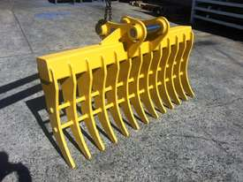 Heavy Duty Australian made Stick Rake - picture0' - Click to enlarge