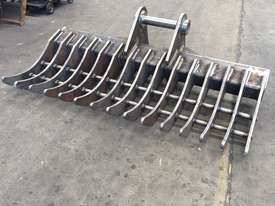 Heavy Duty Australian made Stick Rake - picture1' - Click to enlarge