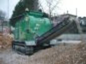 4825 JAW CRUSHER MOBILE TRACK 4 TONNE REMOTE - picture5' - Click to enlarge