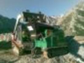 4825 JAW CRUSHER MOBILE TRACK 4 TONNE REMOTE - picture3' - Click to enlarge