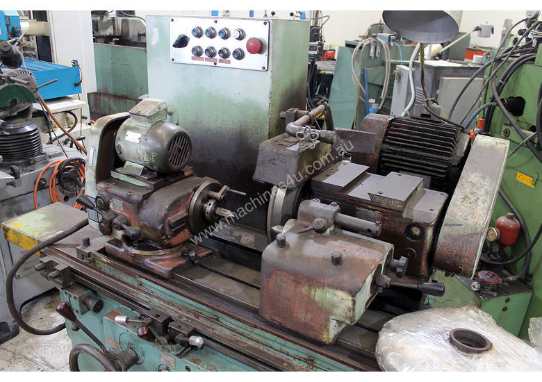 TOS 2UD P2 500 Universal Cylindrical Grinder