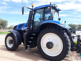 New Holland T8.410 FWA/4WD Tractor - picture0' - Click to enlarge