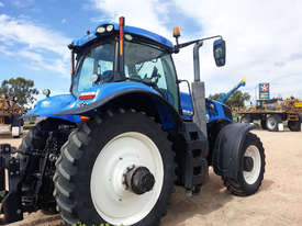 New Holland T8.410 FWA/4WD Tractor - picture1' - Click to enlarge