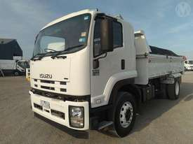 Isuzu FVR1000 - picture5' - Click to enlarge
