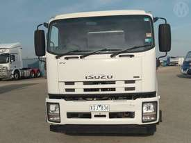 Isuzu FVR1000 - picture7' - Click to enlarge