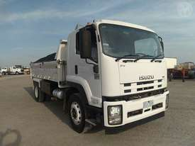 Isuzu FVR1000 - picture0' - Click to enlarge