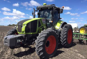 Claas AXION 930  FWA/4WD Tractor