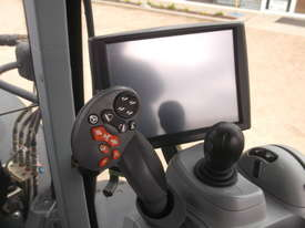 2014 New Holland T7.250 - picture2' - Click to enlarge