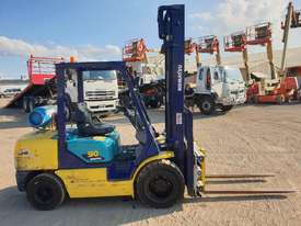 Komatsu 3 ton Forklift  - picture3' - Click to enlarge