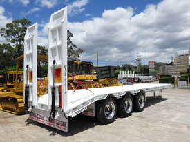 Interstate Trailers Tri Axle 28 Ton Tag Trailer Standard ATTTAG - picture3' - Click to enlarge