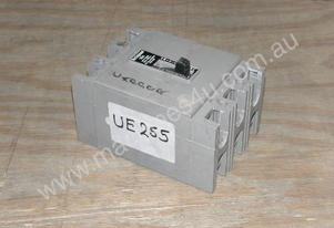 Westinghouse HFB3016 Circuit Breakers.