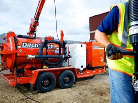 Ditch Witch FX60, 800 to 1200 gallon, 1025cfm, vac - picture2' - Click to enlarge
