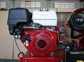 BOSS 42CFM/ 13HP HONDA Petrol Compressor (E/Start) - picture3' - Click to enlarge