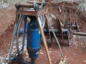 Auger with built in relieve valve - picture0' - Click to enlarge
