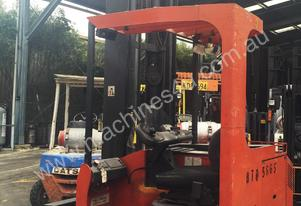 ALL DIRECTIONAL BT ELECTRIC REACH TRUCK 7.5M LIFT