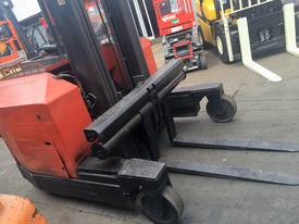 ALL DIRECTIONAL BT ELECTRIC REACH TRUCK 7.5M LIFT - picture3' - Click to enlarge