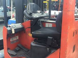ALL DIRECTIONAL BT ELECTRIC REACH TRUCK 7.5M LIFT - picture6' - Click to enlarge