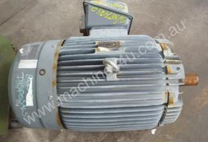 TECO 25HP 3 PHASE ELECTRIC MOTOR/ 975RPM