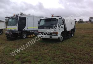 1998 ISUZU MRP 300 STREET SWEEPER FOR SALE
