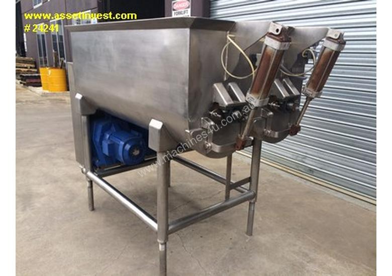 Used Mackies 1250 Ribbon Mixers In Bellevue Hill Nsw
