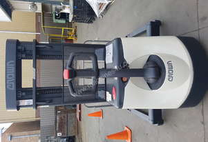Used Crown Forklift for sale - Walkie - M4000