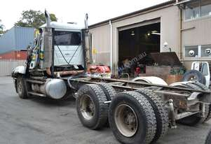 Mack 2002   TRIDENT CL688RS