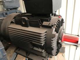 22 kw 30 hp 6 pole 415 v AC Electric Motor - picture0' - Click to enlarge