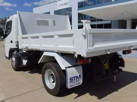Mitsubishi Canter 715 Tipper Truck - picture2' - Click to enlarge