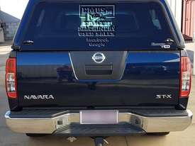 Nissan Navara, immaculate condition. - picture16' - Click to enlarge