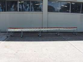 Expandable Roller Conveyor - picture2' - Click to enlarge