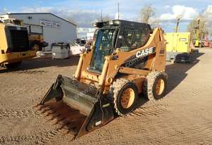 Case 465 Wheeled Skidsteer Loader