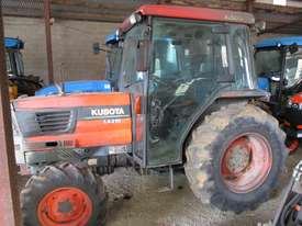 Used Kubota L4310 Tractor - picture0' - Click to enlarge