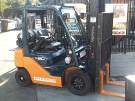 TOYOTA 8FG20 FORKLIFT 2011 MODEL LOW HRS 3.7m Lift - picture4' - Click to enlarge