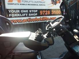TOYOTA 8FG20 FORKLIFT 2011 MODEL LOW HRS 3.7m Lift - picture5' - Click to enlarge