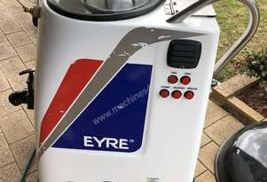 Carpet cleaning equipment / tile and grout cleaning equipment