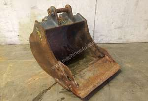 450MM TOOTHED BUCKET WITH SAND BLADE SUIT 1-2T EXCAVATOR D991