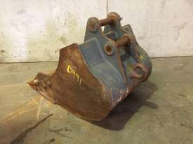 450MM TOOTHED BUCKET WITH SAND BLADE SUIT 1-2T EXCAVATOR D991 - picture1' - Click to enlarge