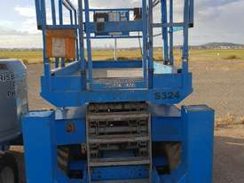 JLG 43 FT RTS SCISSOR LIFT - picture0' - Click to enlarge