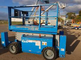 JLG 43 FT RTS SCISSOR LIFT - picture3' - Click to enlarge