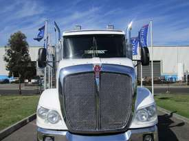 Kenworth T403  Primemover Truck - picture1' - Click to enlarge