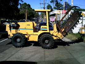 V120 vermeer trencher 1500 hrs , New chain and teeth fitted - picture0' - Click to enlarge