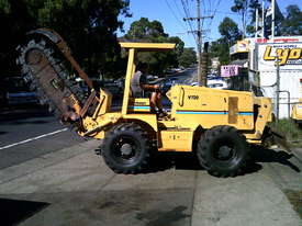 V120 vermeer trencher 1500 hrs , New chain and teeth fitted - picture3' - Click to enlarge