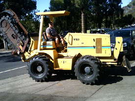 V120 vermeer trencher 1678 hrs , New chain and teeth fitted - picture0' - Click to enlarge