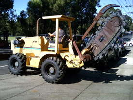 V120 vermeer trencher 1678 hrs , New chain and teeth fitted - picture1' - Click to enlarge