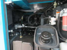 AIRMAN PDS75S-5C1 75cfm Portable Diesel Air Compressor - picture8' - Click to enlarge