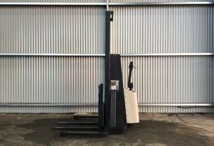 Electric Forklift Walkie Stacker M Series 2008
