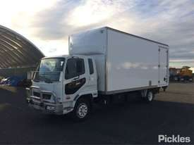 2012 Mitsubishi Fuso Fighter - picture2' - Click to enlarge