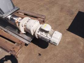 Open Throat Helical Rotor Pump, IN: 550mm L x 230mm W, OUT: 75mm Dia - picture1' - Click to enlarge