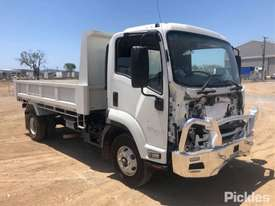 2018 Isuzu FRR500 - picture0' - Click to enlarge